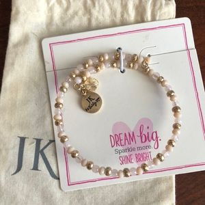 Gold tone beaded charm bracelet - Thirty One JK